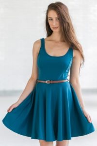 Turn onto fashion vibe with cute dresses