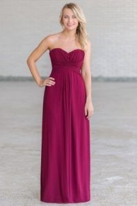 5 Bridesmaid Dresses for Different Weddings