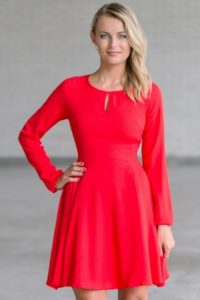 How to win the hearts with Lily red dresses