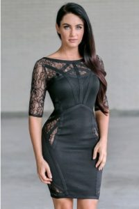 Lace dresses in plus sizes